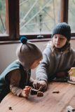 Diobo Čiapka s brmbolcom Ernest