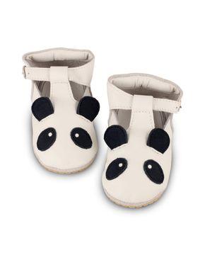 Donsje Panda takmer biela